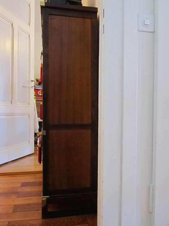 meuble asiatique cor en style antique armoires buffets. Black Bedroom Furniture Sets. Home Design Ideas