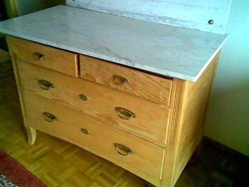 ancienne commode avec dessus marbr miroir armoires. Black Bedroom Furniture Sets. Home Design Ideas