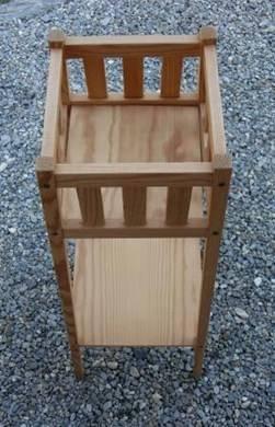 joli porte plantes sur pieds en bois autres. Black Bedroom Furniture Sets. Home Design Ideas