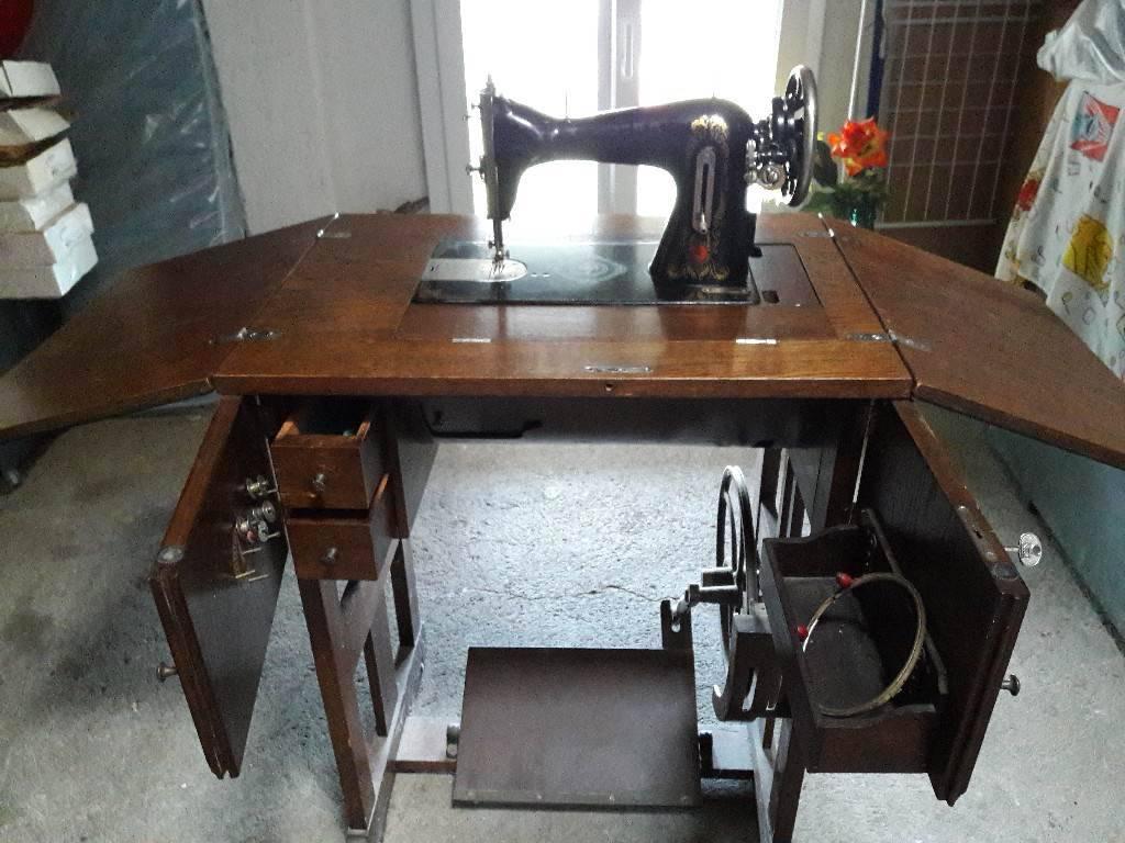 Scrapeo ancienne machine coudre for Machine a coudre 76