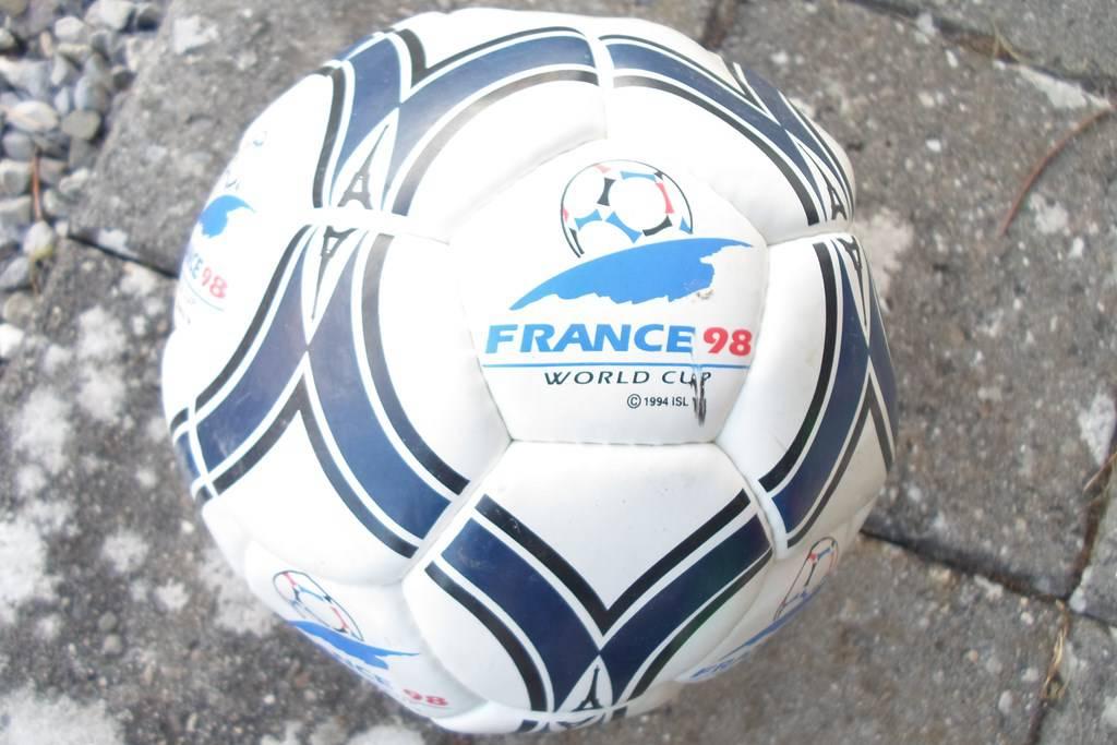 Ballon de football france 98 ballons - Ballon coupe du monde 1986 ...