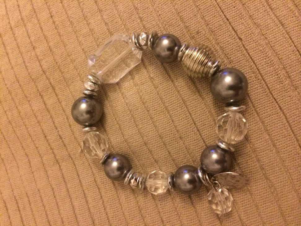 Bijoux Fantaisie Suisse : Bracelet fantaisie argent perles argent?s et