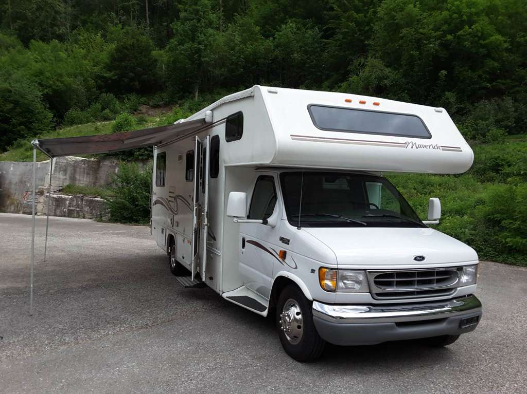 camping car ford am ricain camping cars. Black Bedroom Furniture Sets. Home Design Ideas