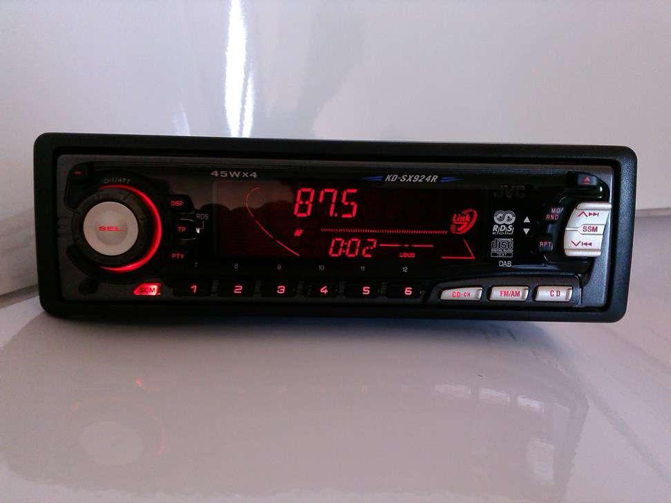 cd autoradio audi mit spez audio rotem display kd. Black Bedroom Furniture Sets. Home Design Ideas