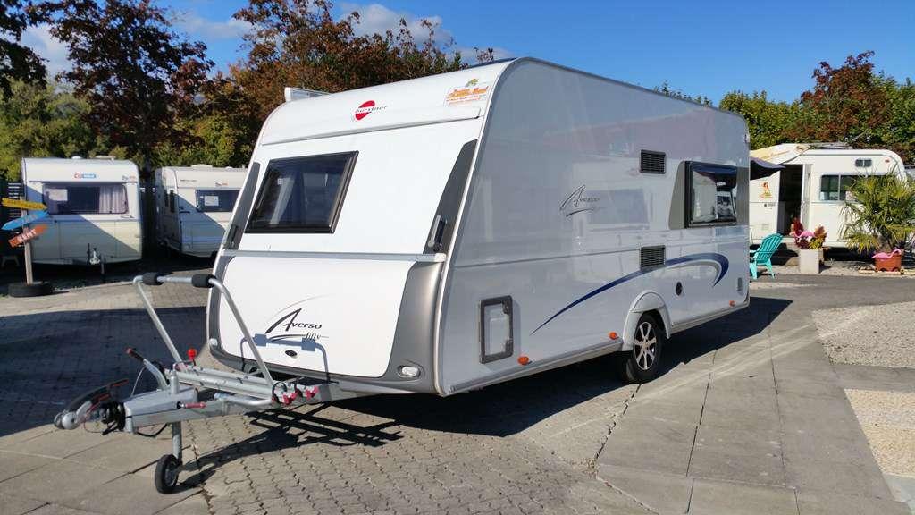 location de caravanes caravanes louer location evasion caravanes. Black Bedroom Furniture Sets. Home Design Ideas