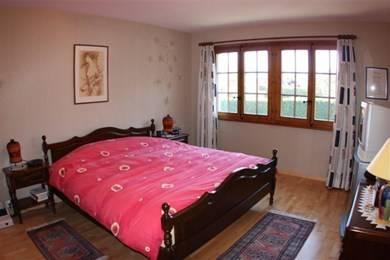 Tr s belle chambre coucher en noyer compl te chambres for Belle chambre coucher