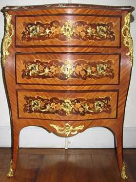 commode marqueterie style louis xv poque 19 me s mobilier accessoires anciens. Black Bedroom Furniture Sets. Home Design Ideas