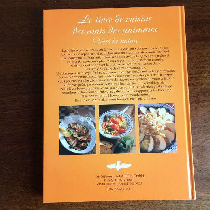 le livre de cuisine des amis des animaux 118 recettes cuisine v g tarienne. Black Bedroom Furniture Sets. Home Design Ideas