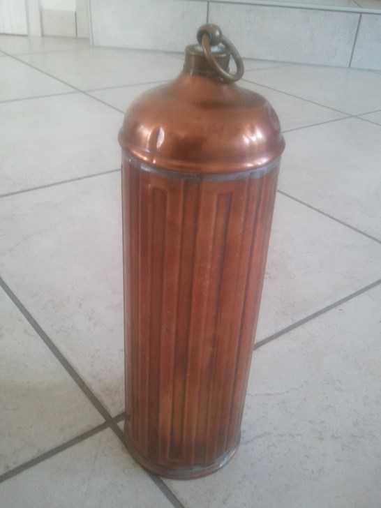 Divers objets tr s anciens en cuivre cuivres etains - Photos objets anciens ...