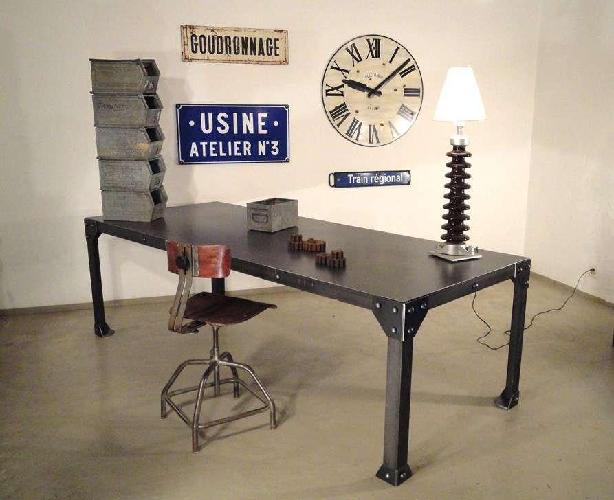 mobilier d 39 atelier table industrielle esstische essst hle. Black Bedroom Furniture Sets. Home Design Ideas