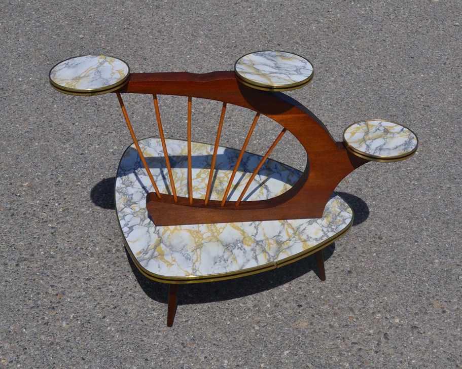 mobilier et objets vintage kitsch des ann es 1950 60 europe. Black Bedroom Furniture Sets. Home Design Ideas