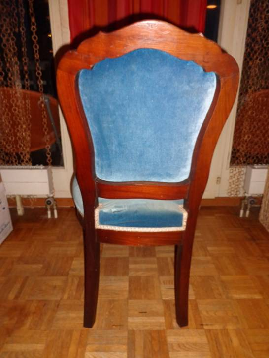 fauteuil velours bleu mobilier accessoires anciens. Black Bedroom Furniture Sets. Home Design Ideas