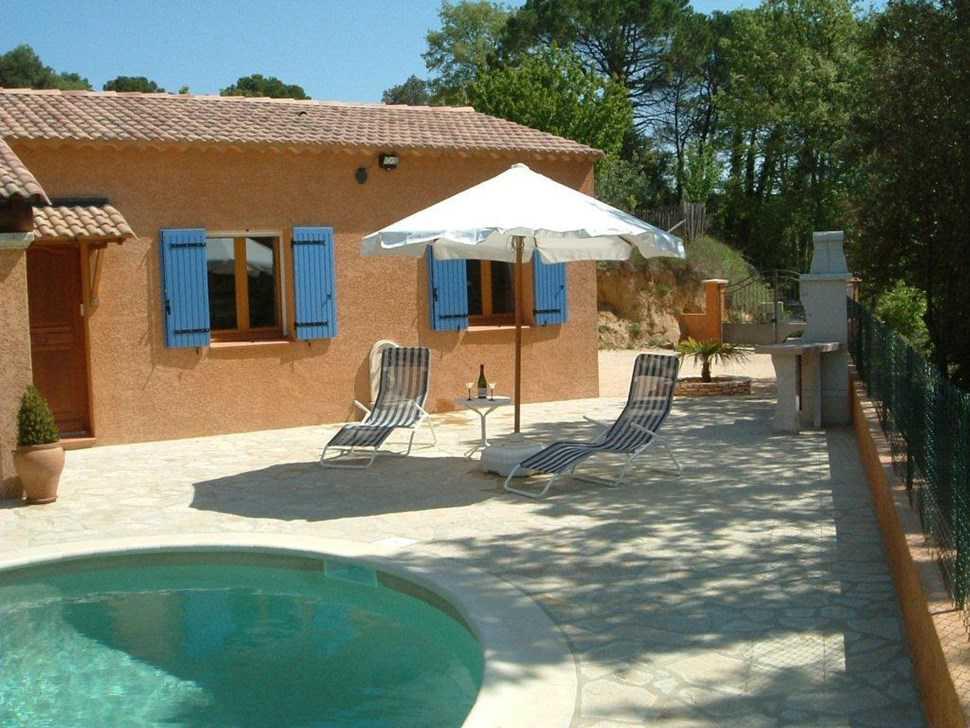 Ard che sud gard belle maison avec piscine france for Ardeche hotel avec piscine