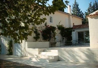 Provence belle maison avec grd piscine priv e france for Location maison avec piscine gorges du verdon