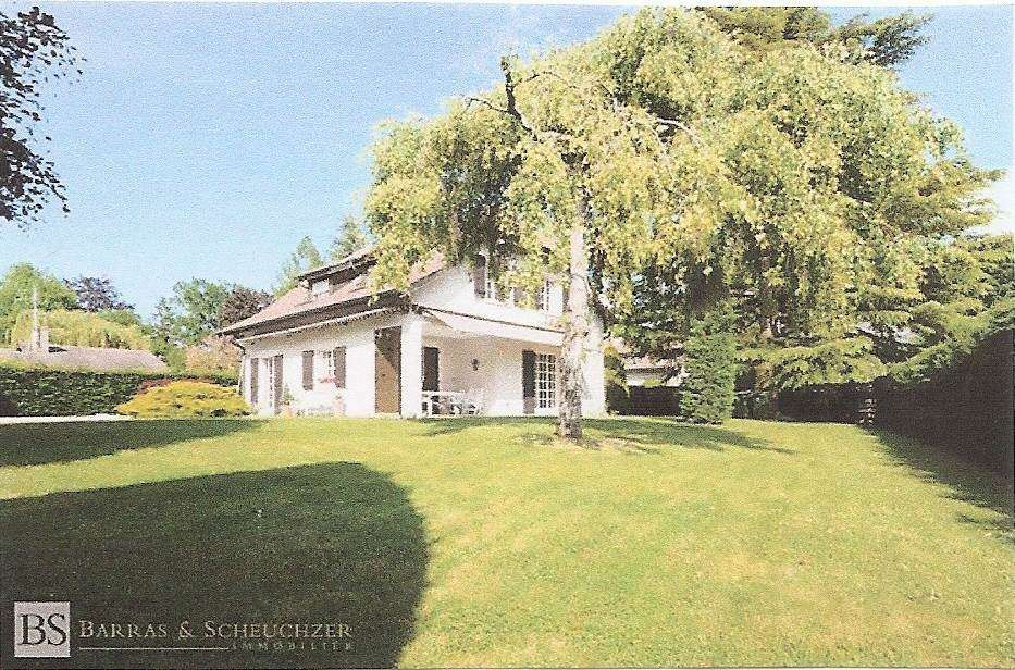 particulier vend grande villa avec grand jardin rive gauche immobilien kaufen. Black Bedroom Furniture Sets. Home Design Ideas