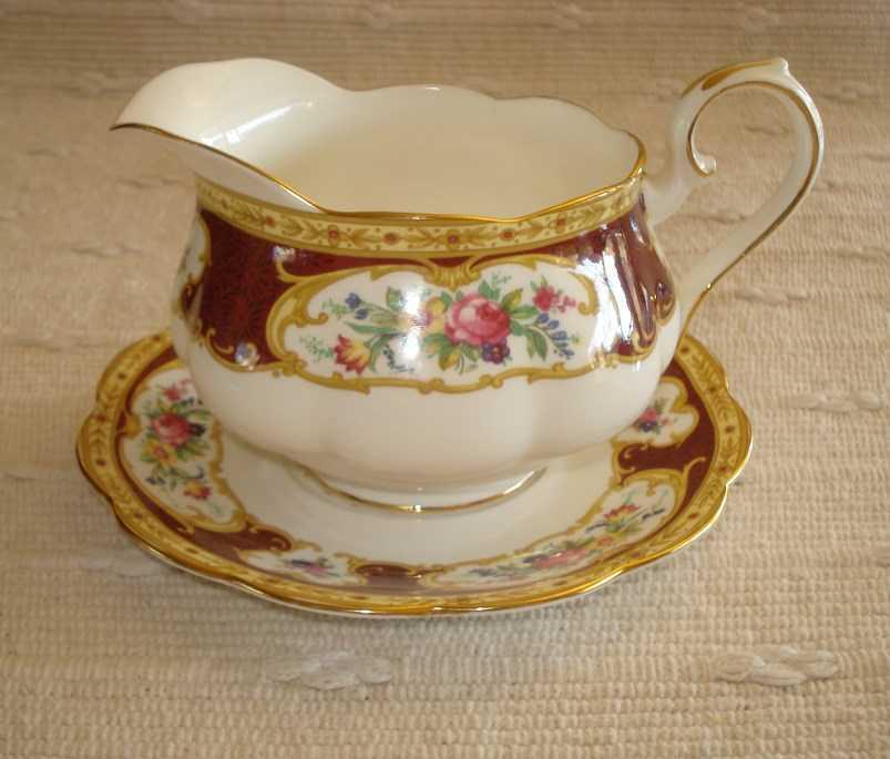royal albert lady hamilton bone china geschirr ab 25 chf geschirr. Black Bedroom Furniture Sets. Home Design Ideas