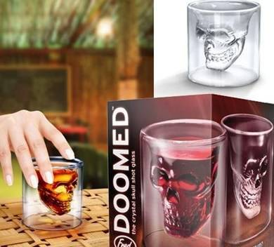 whisky glas skull doomed shot glas mit totenkopf gl ser. Black Bedroom Furniture Sets. Home Design Ideas