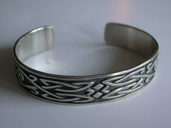 design intemporel 8de73 35f47 Bracelet motif Celtique pour Homme en Argent 925