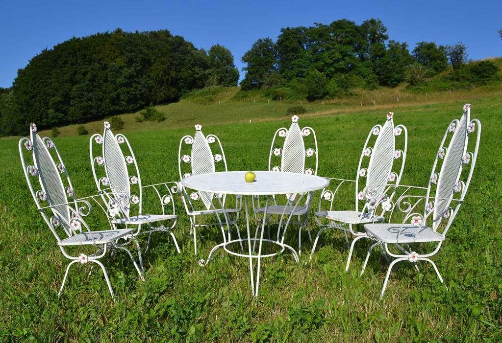 Mobilier de jardin ancien et vintage: tables, chaises, bancs ...