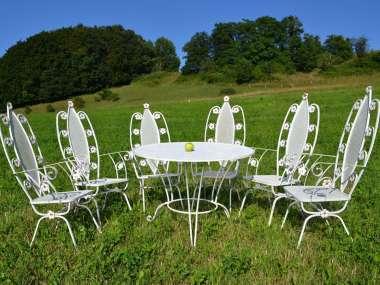 Mobilier de jardin ancien et vintage: tables, chaises, bancs