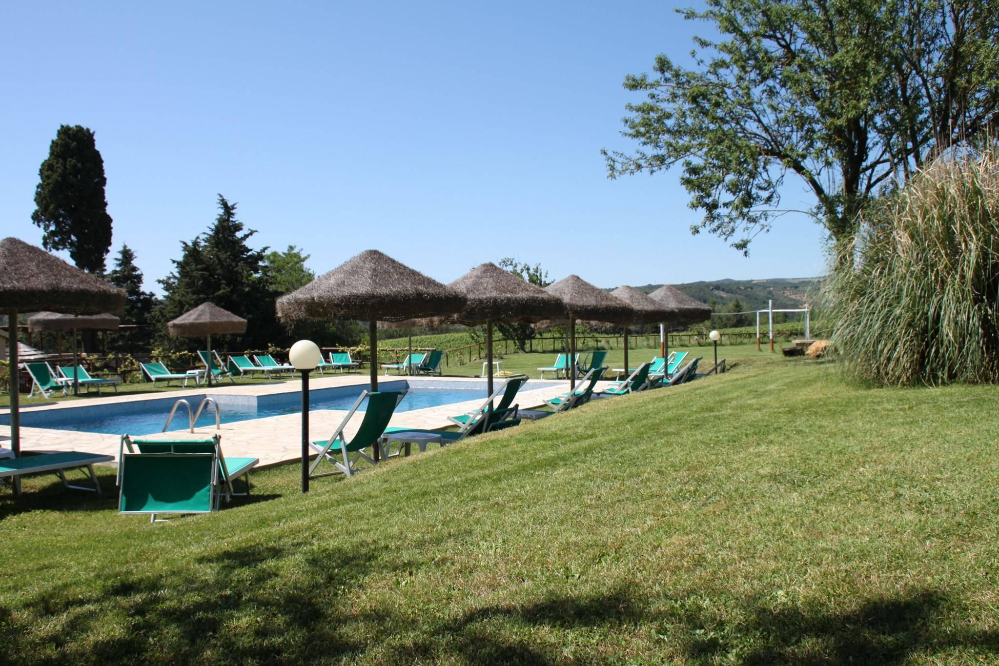 Toscane aupres de la plage ferme piscine parc italie for Piscine grand parc