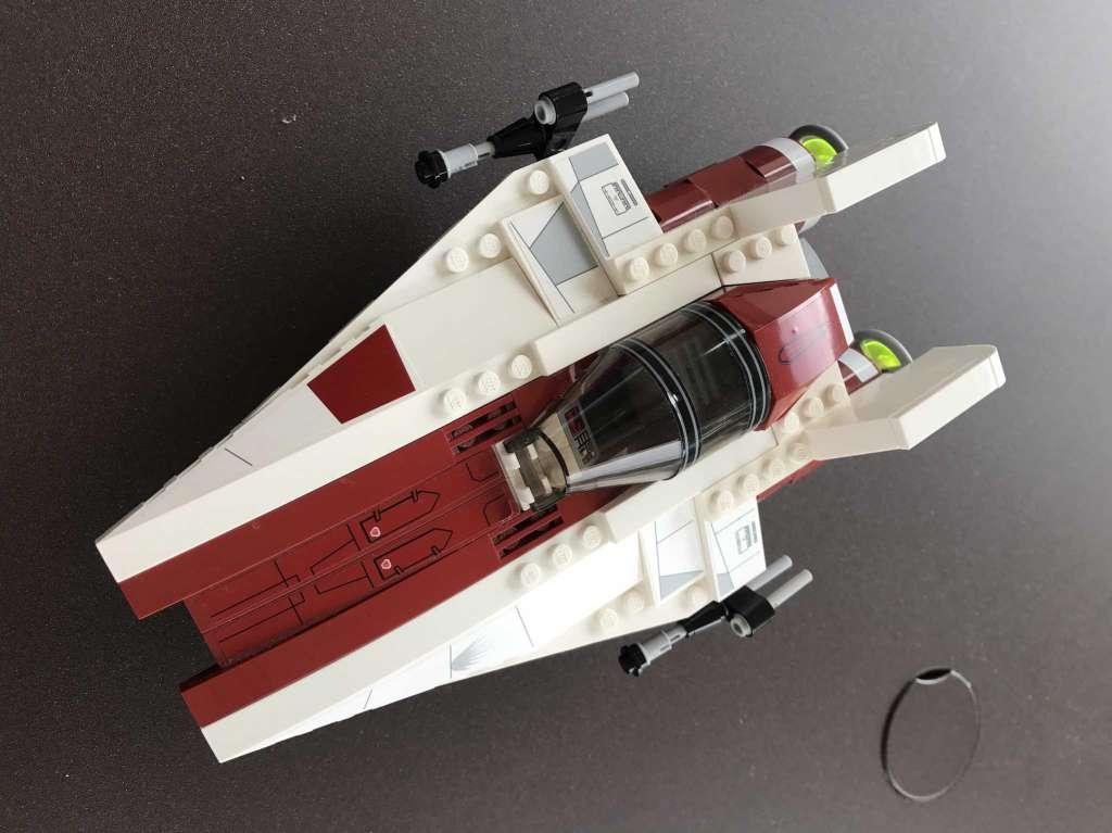 lego star wars vaisseau spatial lego star wars. Black Bedroom Furniture Sets. Home Design Ideas