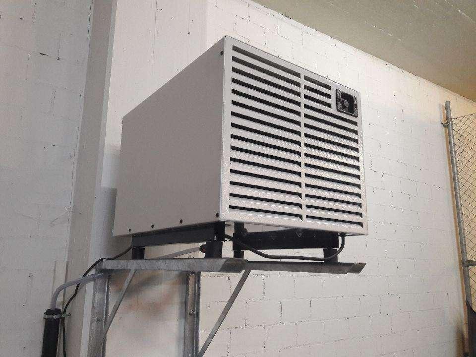 luftentfeuchter neu fdk44 wandmontage max 100m2 luftentfeuchter. Black Bedroom Furniture Sets. Home Design Ideas