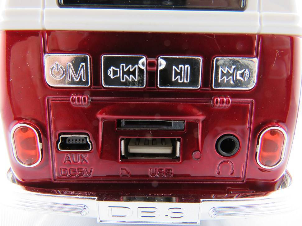 vw bus mp3 player mit fm radio farbe rot fabrikneu mp3. Black Bedroom Furniture Sets. Home Design Ideas
