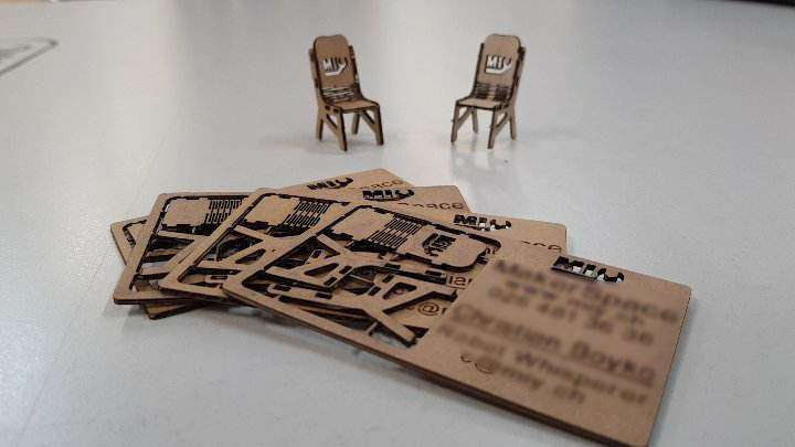 Cartes De Visite En Carton Dcoupe Laser 21320609