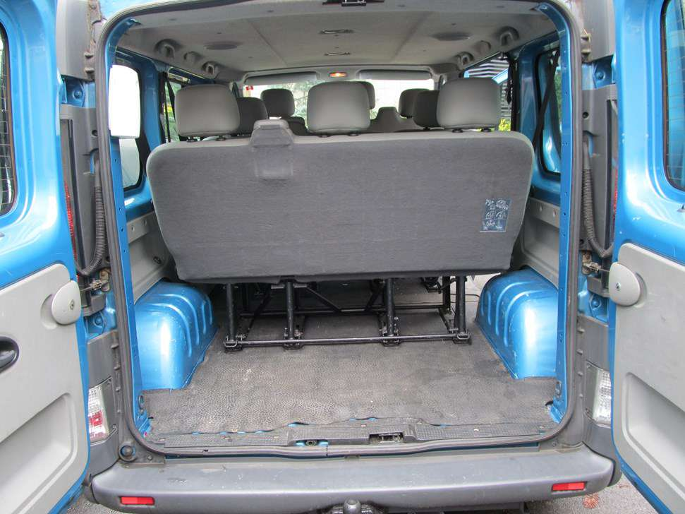 opel vivaro turbodiesel 9 places minibus. Black Bedroom Furniture Sets. Home Design Ideas
