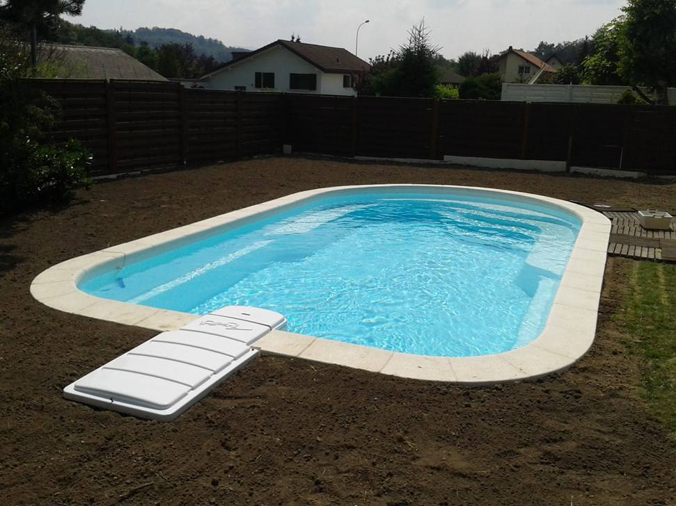 Construction piscine cl en main piscines accessoires for Construction piscine 41