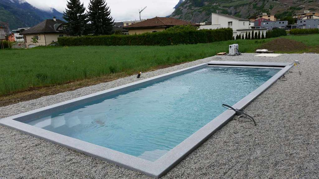 piscine avec spa d bordement freedom piscines. Black Bedroom Furniture Sets. Home Design Ideas