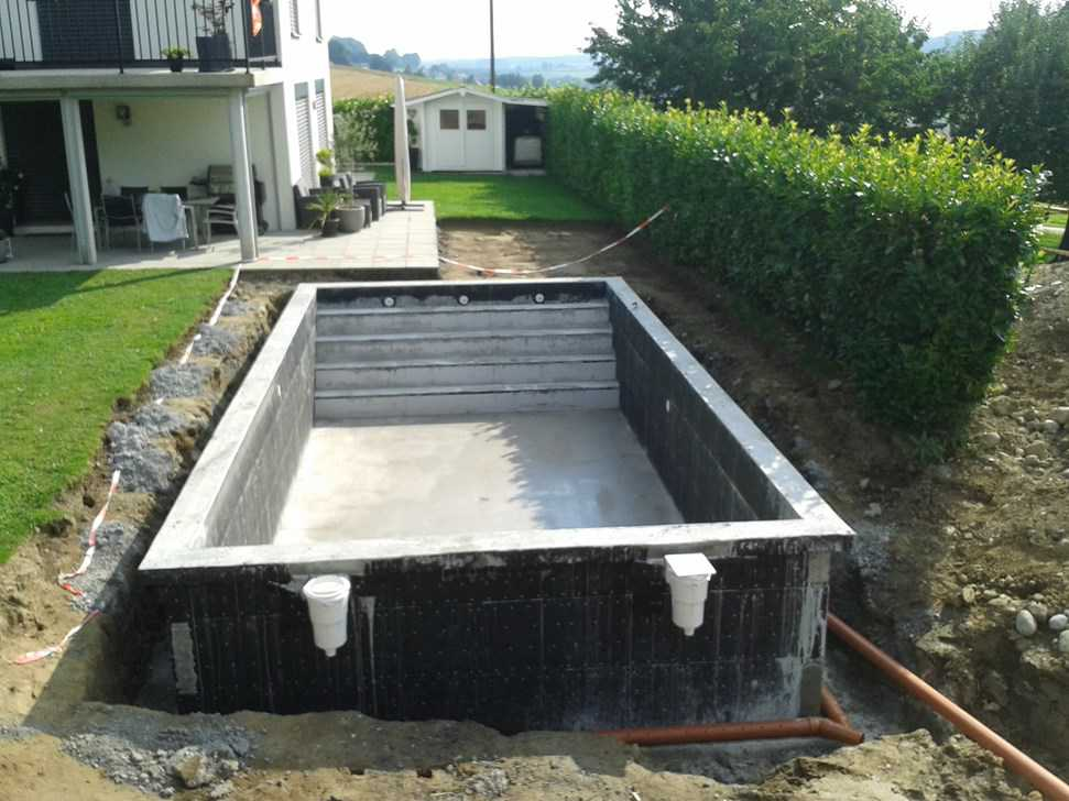 Piscine coffrage perdu en kit piscines accessoires for Piscine kit beton