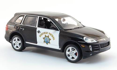 neu porsche cayenne phase ii 2007 2010 highway patrol 1. Black Bedroom Furniture Sets. Home Design Ideas