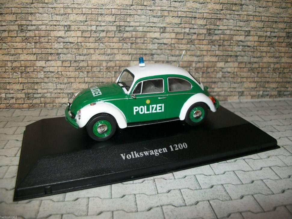 neu vw k fer 1200 polizei hamburg 1977 gr n weiss 1 43 polizei. Black Bedroom Furniture Sets. Home Design Ideas