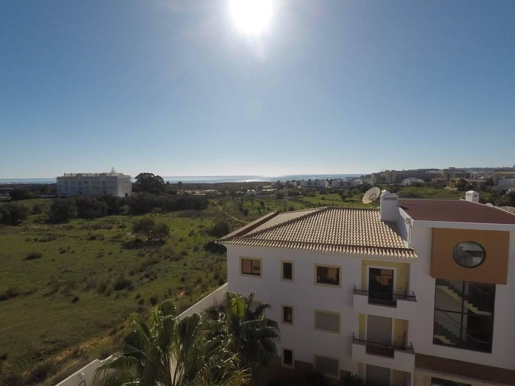 ferienwohnung mit pool in lagos algarve portugal luxusurlaub vacances voyages. Black Bedroom Furniture Sets. Home Design Ideas