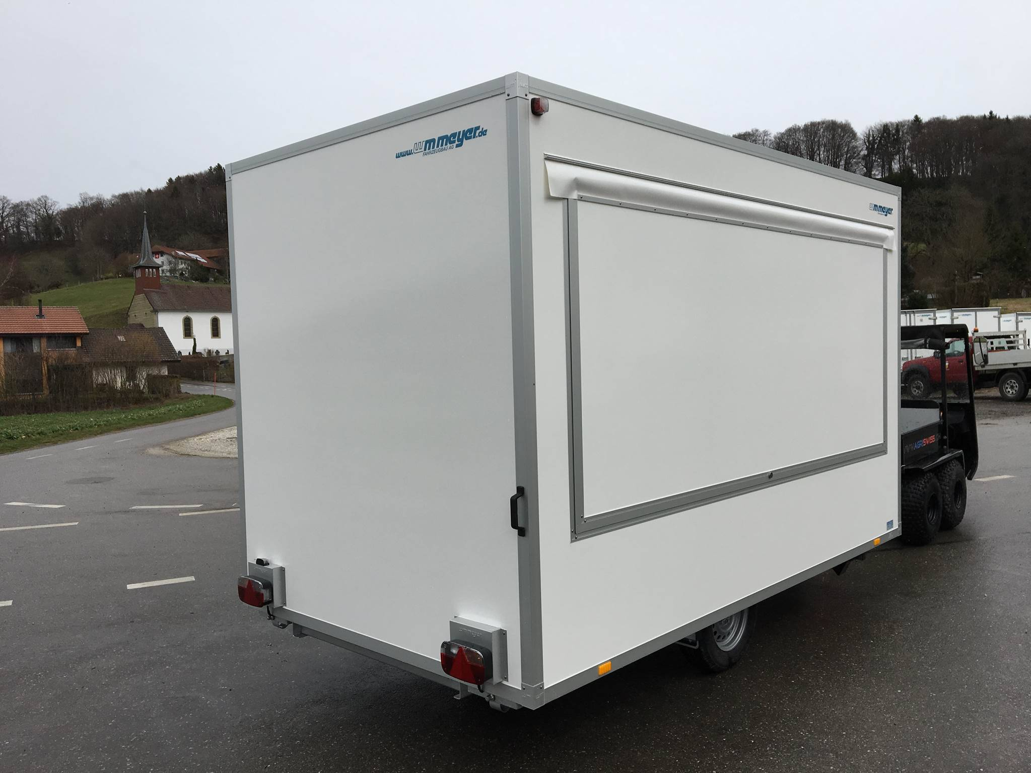 remorque de vente wm meyer vke 1337 206 food truck. Black Bedroom Furniture Sets. Home Design Ideas