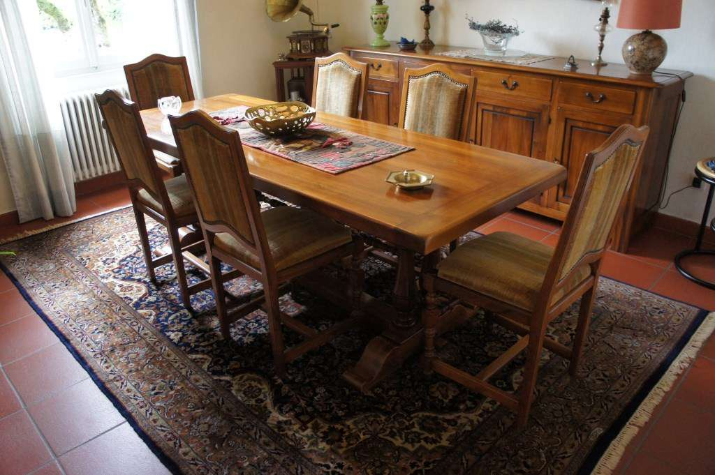 Sala da pranzo Roncoroni in legno massiccio - Sale da pranzo complete