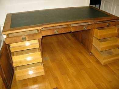 tr s beau bureau ancien pi ce de collection secr taires anciens. Black Bedroom Furniture Sets. Home Design Ideas
