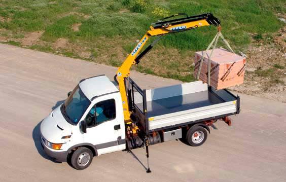 a louer camionnette avec grue de chargement services professionnels. Black Bedroom Furniture Sets. Home Design Ideas