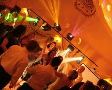 dj pour mariage anniversaire karaoke entreprise musicien services professionnels. Black Bedroom Furniture Sets. Home Design Ideas