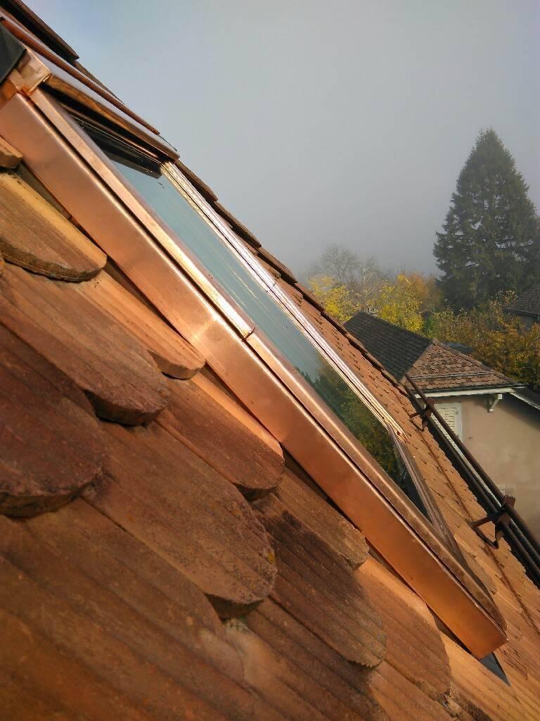d pannage probl me de velux ou de toiture services professionnels. Black Bedroom Furniture Sets. Home Design Ideas