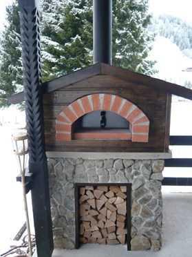 four pizza feu de bois pain fours pizza pizzaofen services professionnels. Black Bedroom Furniture Sets. Home Design Ideas