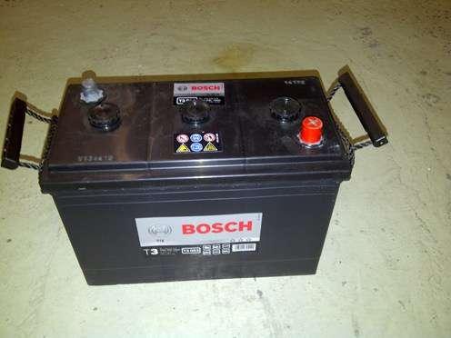 bosch autobatterie starterbatterie neu 6 volt mit. Black Bedroom Furniture Sets. Home Design Ideas