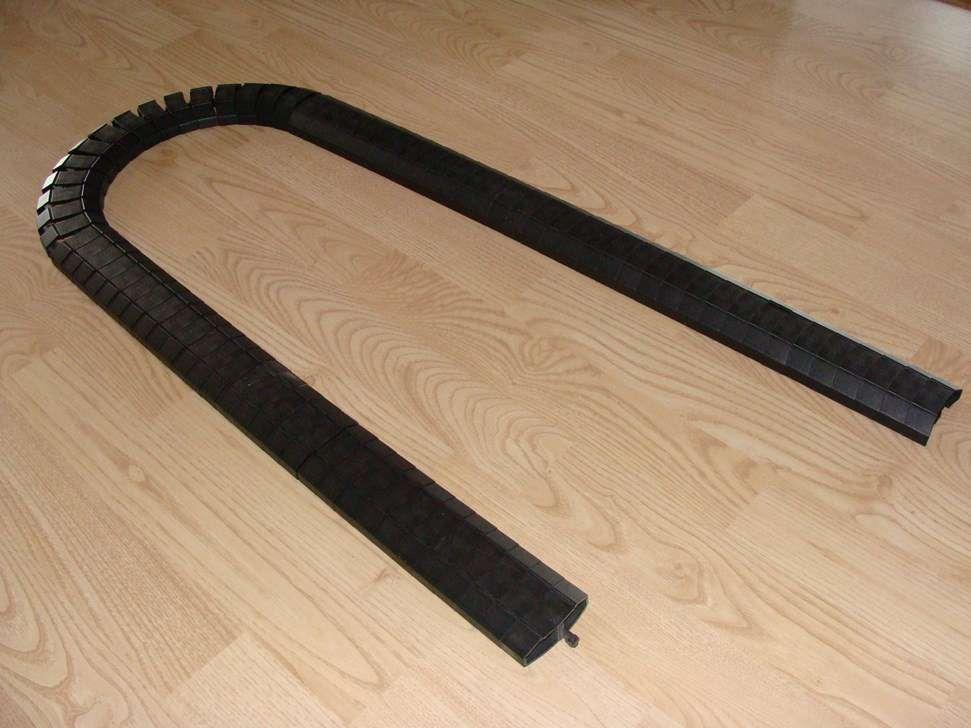 Canal flexible pour câbles /Flexibler Kabelkanal - Sonstiges