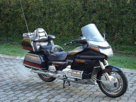 honda goldwing gl 1500 pi ces d 39 occasion motorrad. Black Bedroom Furniture Sets. Home Design Ideas