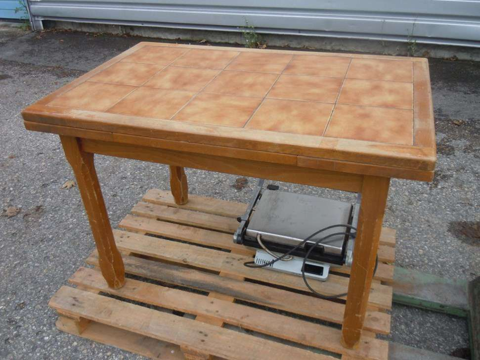 A vendre ancienne table cuisine bois with vieille table en - Vieille table en bois ...