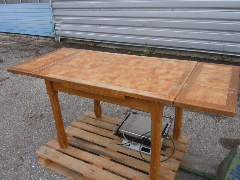 A vendre ancienne table cuisine bois tables chaises de for Recherche table de cuisine
