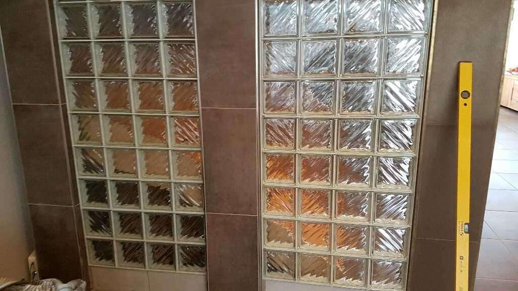 Murs en briques de verre, prix très intéressant. - Job