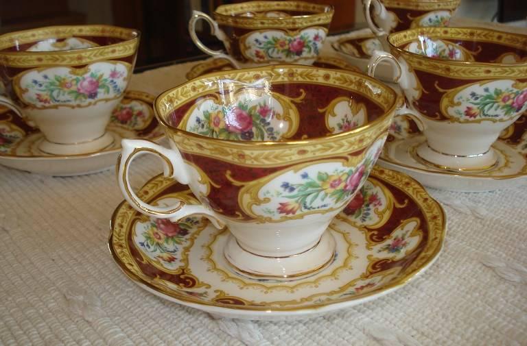 royal albert lady hamilton bone china geschirr ab 25 chf. Black Bedroom Furniture Sets. Home Design Ideas